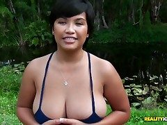 Attracting asian hither nice natural broad in the beam boobs coupled with
