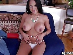 Dark haired dame Kimberly Kendall is a breathtaker with juicy
