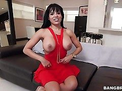 Raven haired busty sexy Luna Starlet in sexy crimson dress
