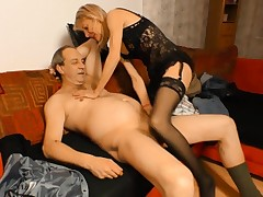 Hard-core OMAS - German grandmother puts her mature twat to good use