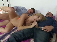 Crazy threesome with David Perry, Leslie